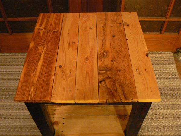 handcrafted pallet 2 toned side table