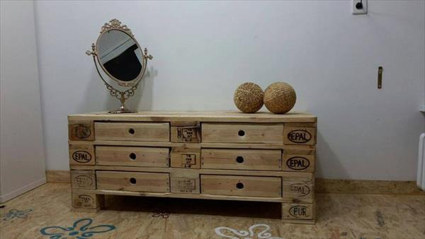 reclaimed pallet chest of drawers and coffee table