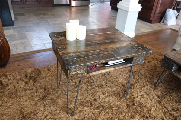 pallet end table with metal hairpin legs