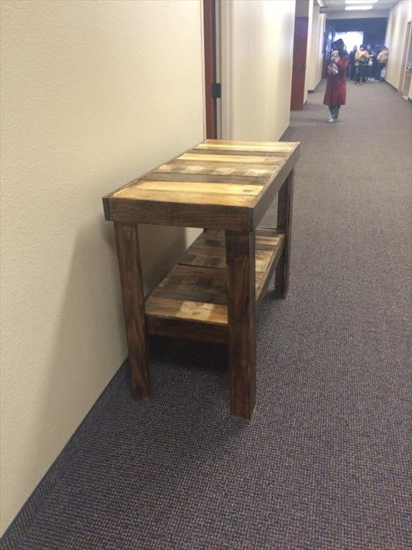 upcycled pallet hallway table