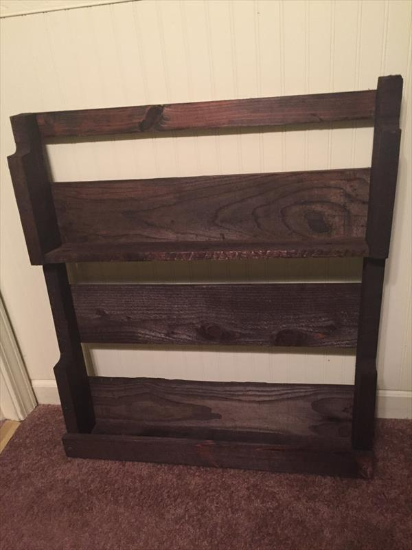 upcycled pallet shelf and hanging rack