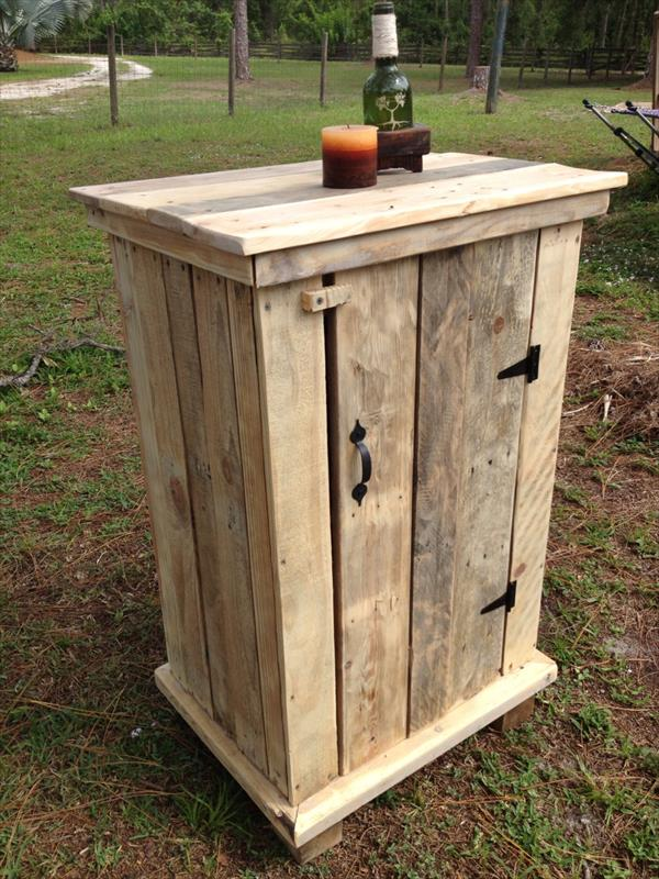 upcycled pallet side table and floor cabinet