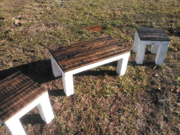 reclaimed pallet porch table set
