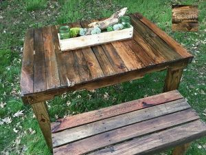 recycled pallet outdoor picnic table with bench