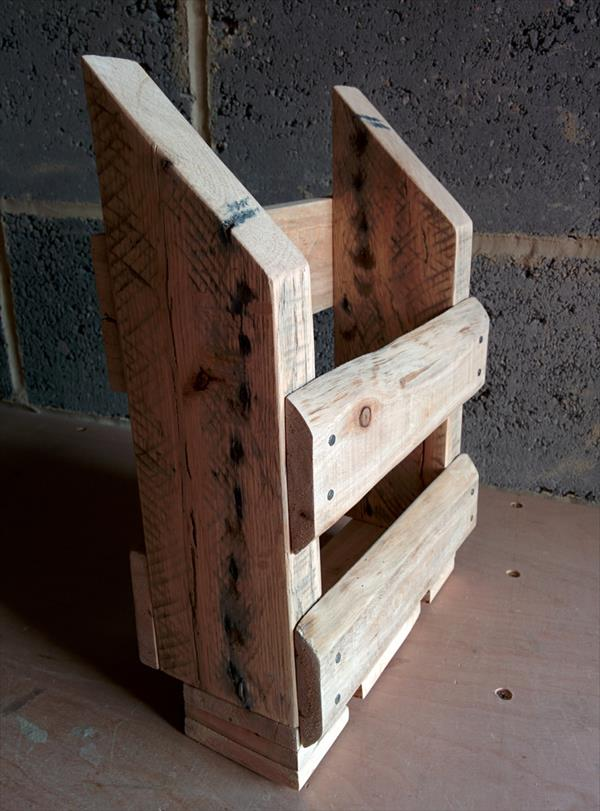 recycled pallet storage caddy