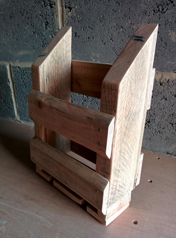 reclaimed pallet storage caddy