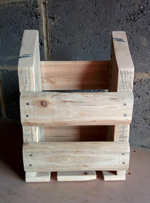 wooden pallet storage caddy