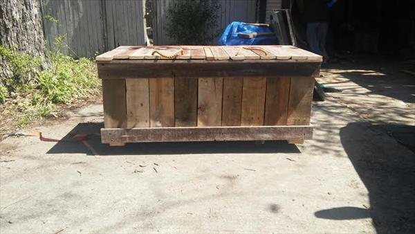 recycled pallet double cooler bench