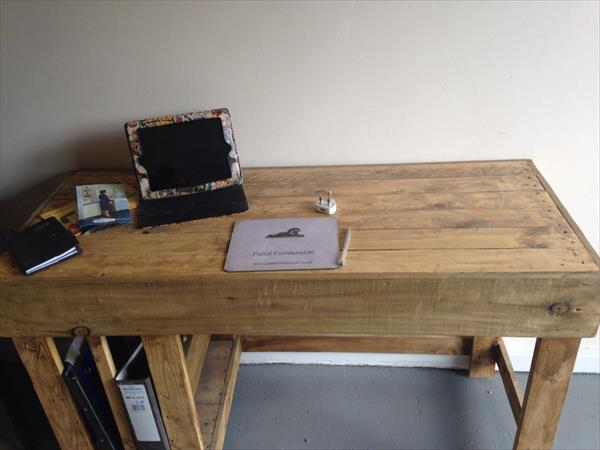 recycled pallet office computer desk