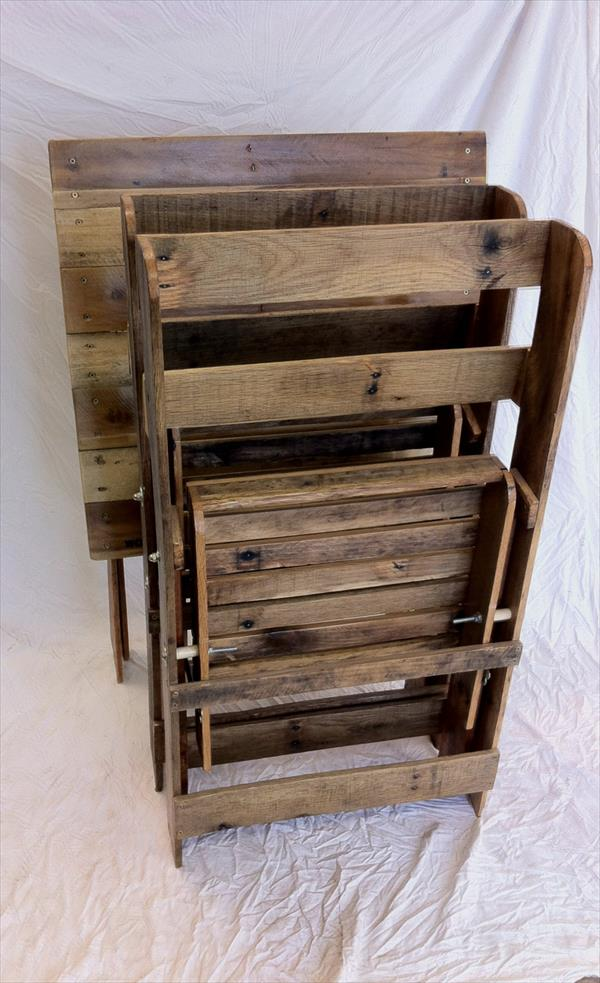 reclaimed pallet folding chairs and table