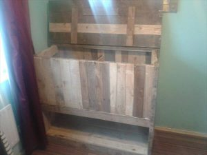 Pallet Storage Chest Unit with Shelf