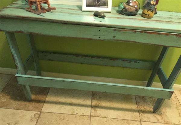 handcrafted pallet distressed coffee table