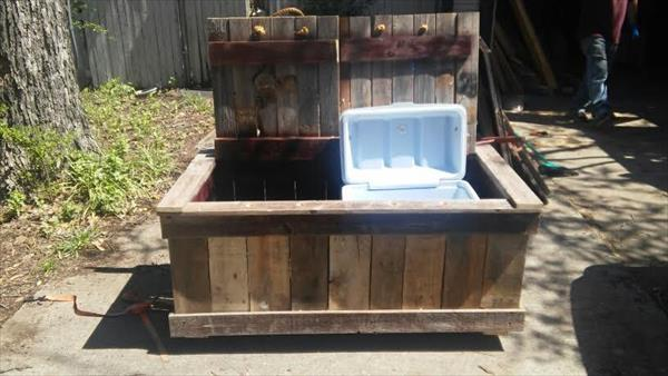 handmade pallet double cooler bench