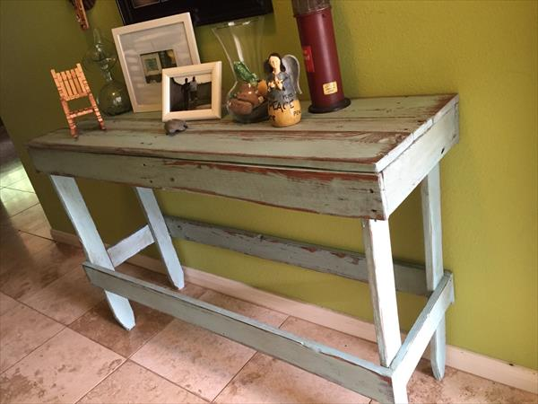 Foyer Table From Pallets : Diy distressed pallet entryway table furniture plans