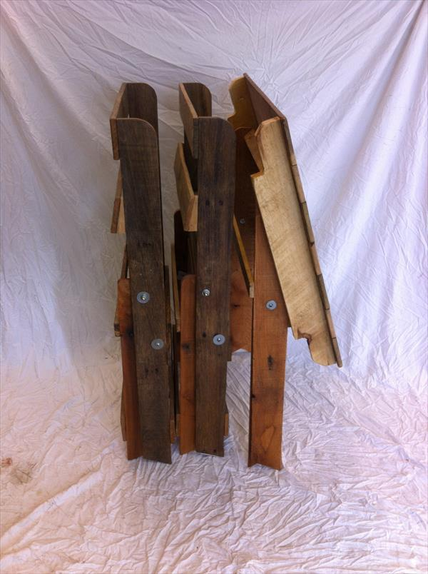 rustic yet functional pallet portable chairs and table