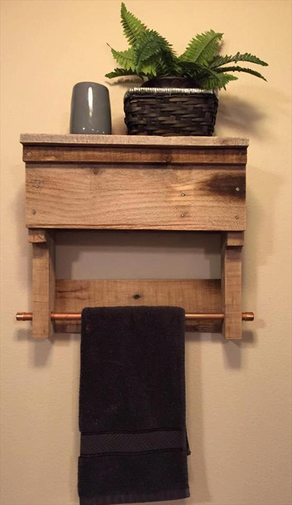 Delicieux Recycled Pallet Bathroom Shelf With Towel Rack