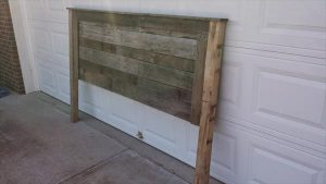 Reclaimed Pallet Headboard Design
