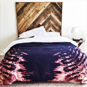 DIY Pallet King Size Chevron Headboard