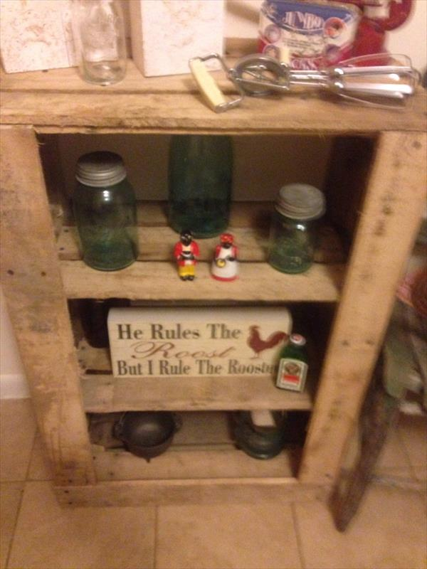 recycled pallet rustic shelf