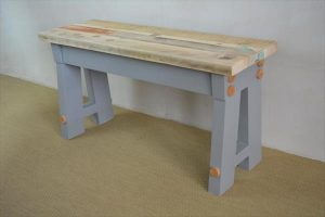 A frame bench made of pallets