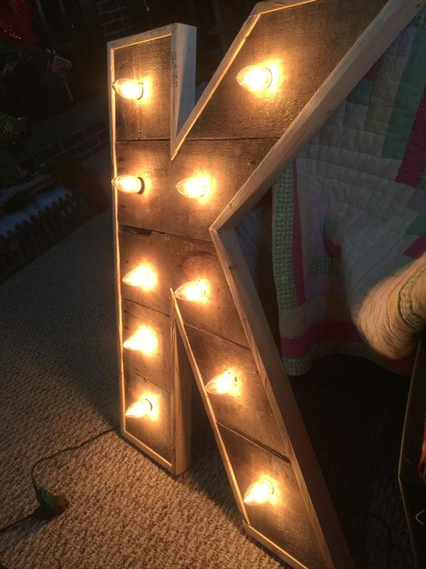diy pallet lighted marquee letter
