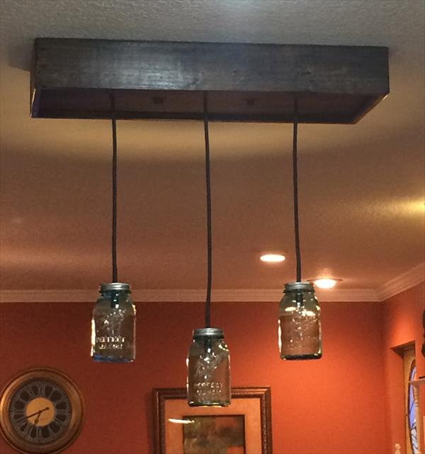 reclaimed pallet and Mason jars chandelier