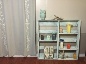 handmade wooden pallet display shelf