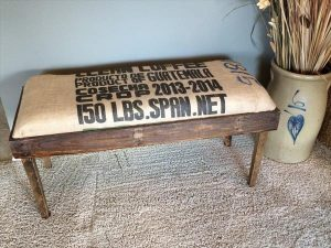 reclaimed pallet entryway bench with burlap cushion