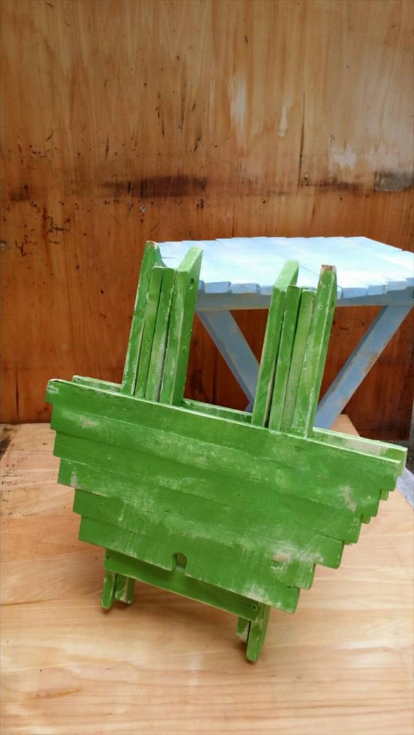 diy pallet folding chair