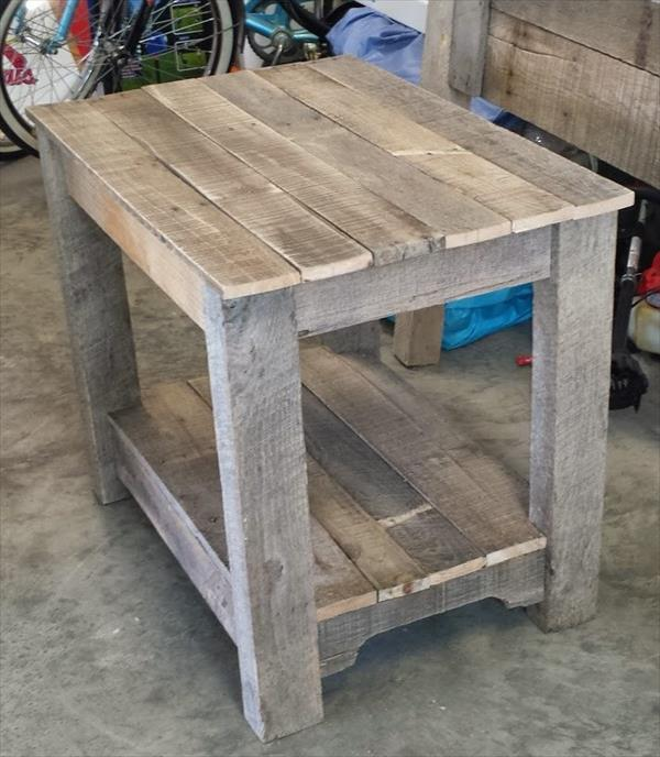 Wood pallet nightstand side table pallet furniture plans for Pallet bed frame with side tables