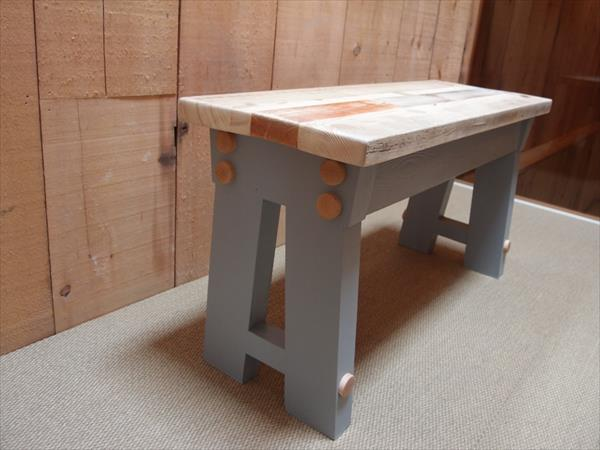upcycled pallet A frame bench
