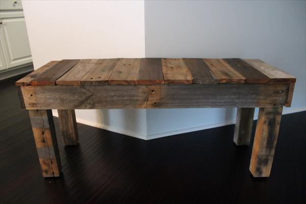repurposed pallet wooden bench