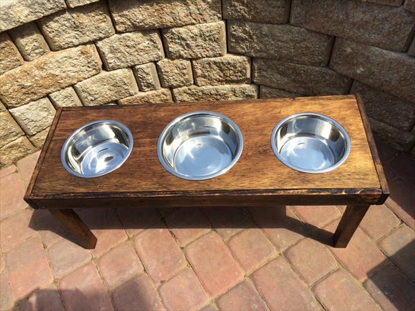 handmade pallet dog bowl stand