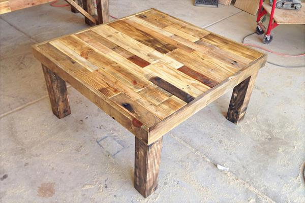 recycled pallet accent coffee table