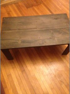 DIY Pallet Living room Coffee Table