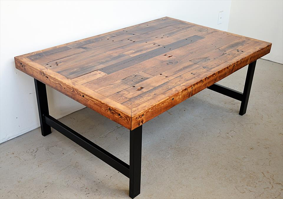 Recycle pallet coffee table with steel frame