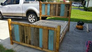 DIY Rustic Style Pallet Twin Bed