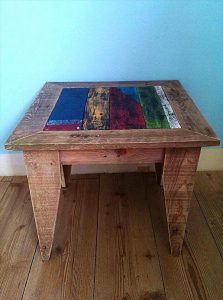 Pallet Side Table with Dovetail Legs