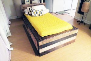 Wood Pallet Twin Bed with Headboard