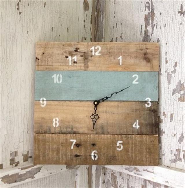 Pallet Clock DIY