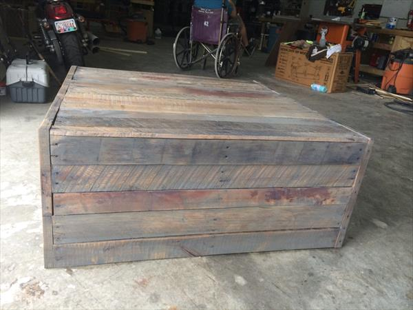 handmade wooden pallet no-cost coffee table