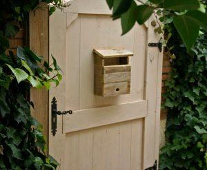 diy pallet mail box