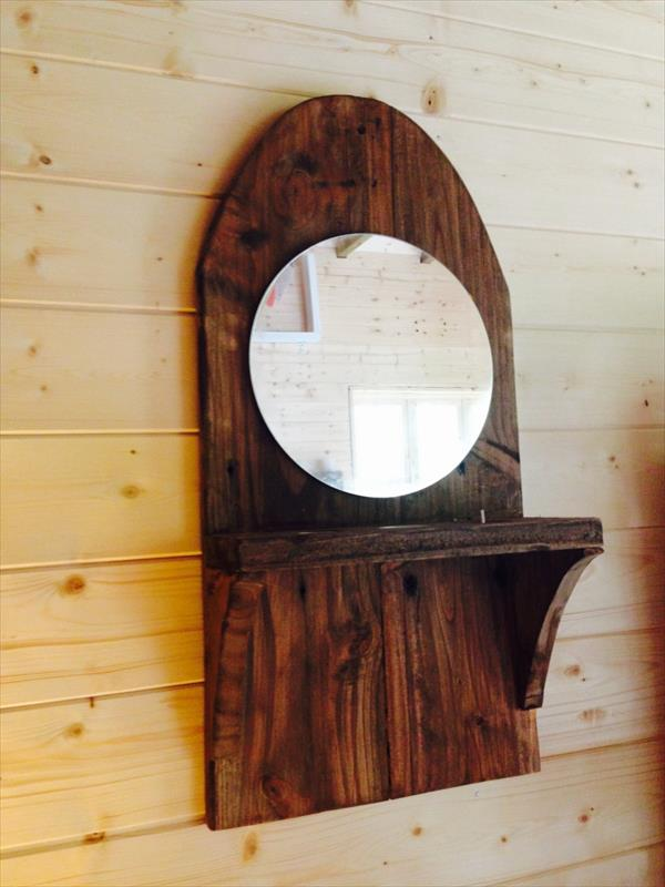 Recycle pallet wall mirror with triple candle holder