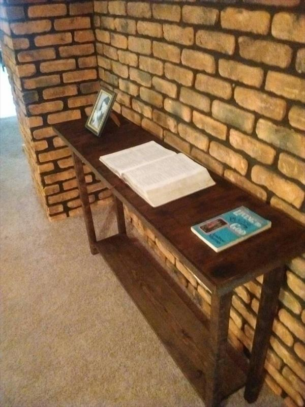 Reclaimed pallet sofa or console table