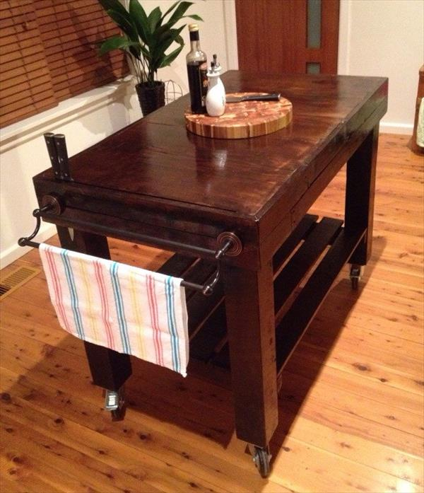upcycled pallet choco kitchen island table with wheels
