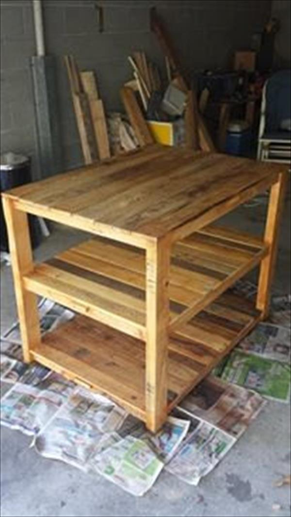 repurposed pallet multi-level table