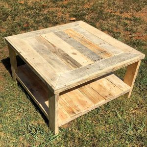 DIY Pallet Square Coffee Table
