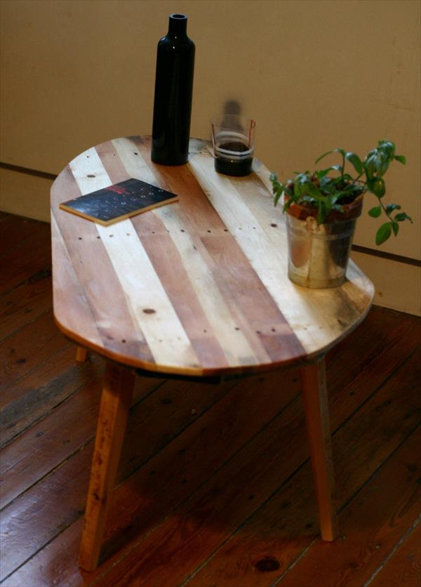 pallet coffee table with ellipse shaped top