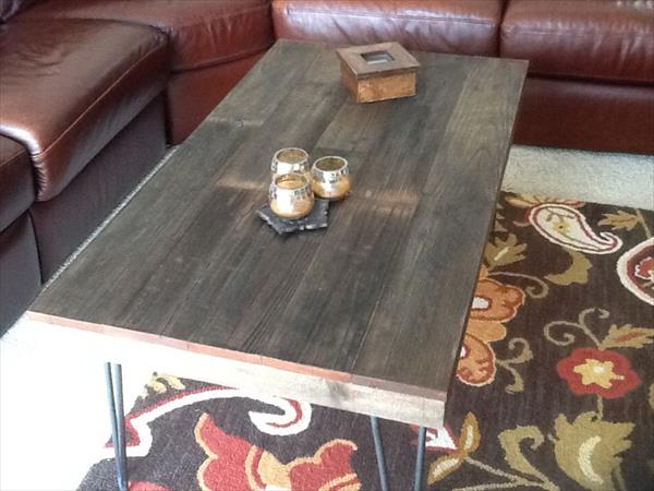 diy pallet style coffee table with metal hairpin legs