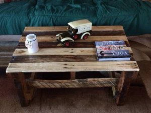 Rustic Wood Pallet Coffee Table